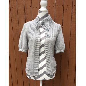 🆕🛍✨ Express Short Sleeve Button Sweater